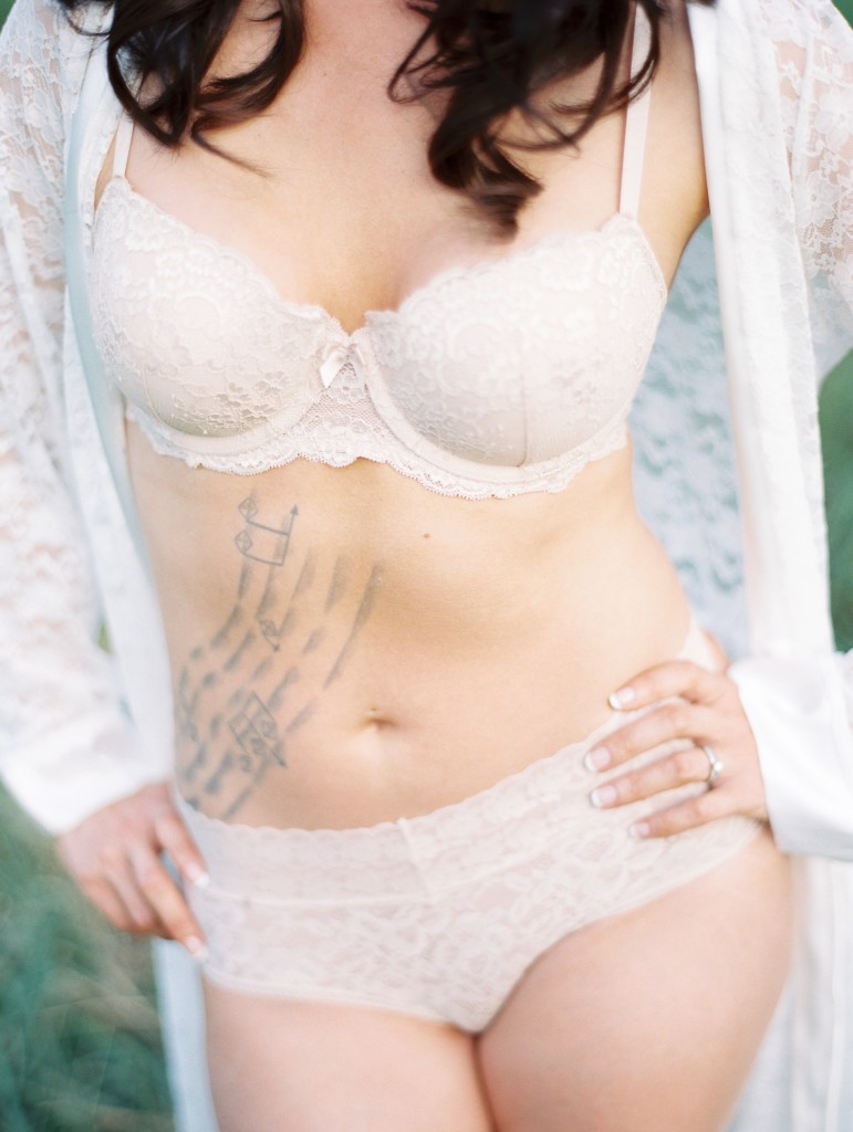 Kristin-La-Voie-Photography-Chicago-Boudoir-Photographer-Film-Bridal-20