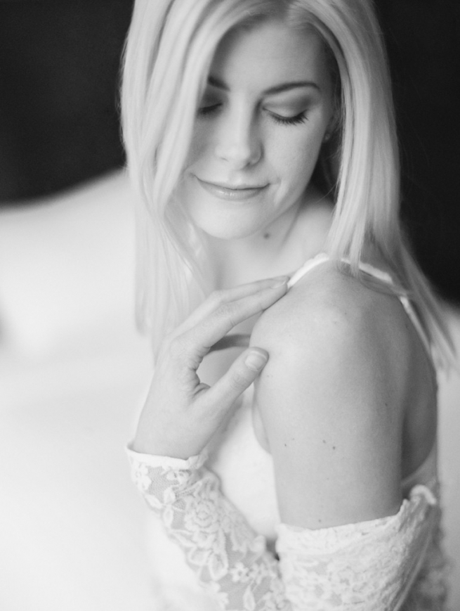 Kristin-La-Voie-Photography-chicago-fine-art-boudoir-film-16