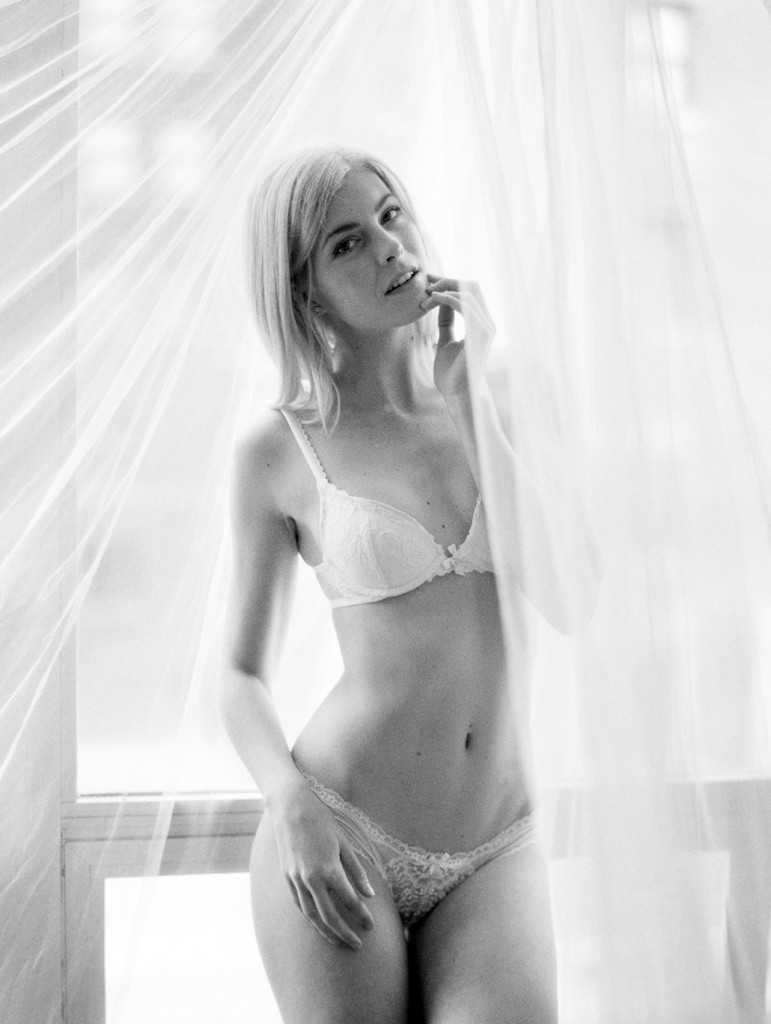 Kristin-La-Voie-Photography-chicago-fine-art-boudoir-film-30