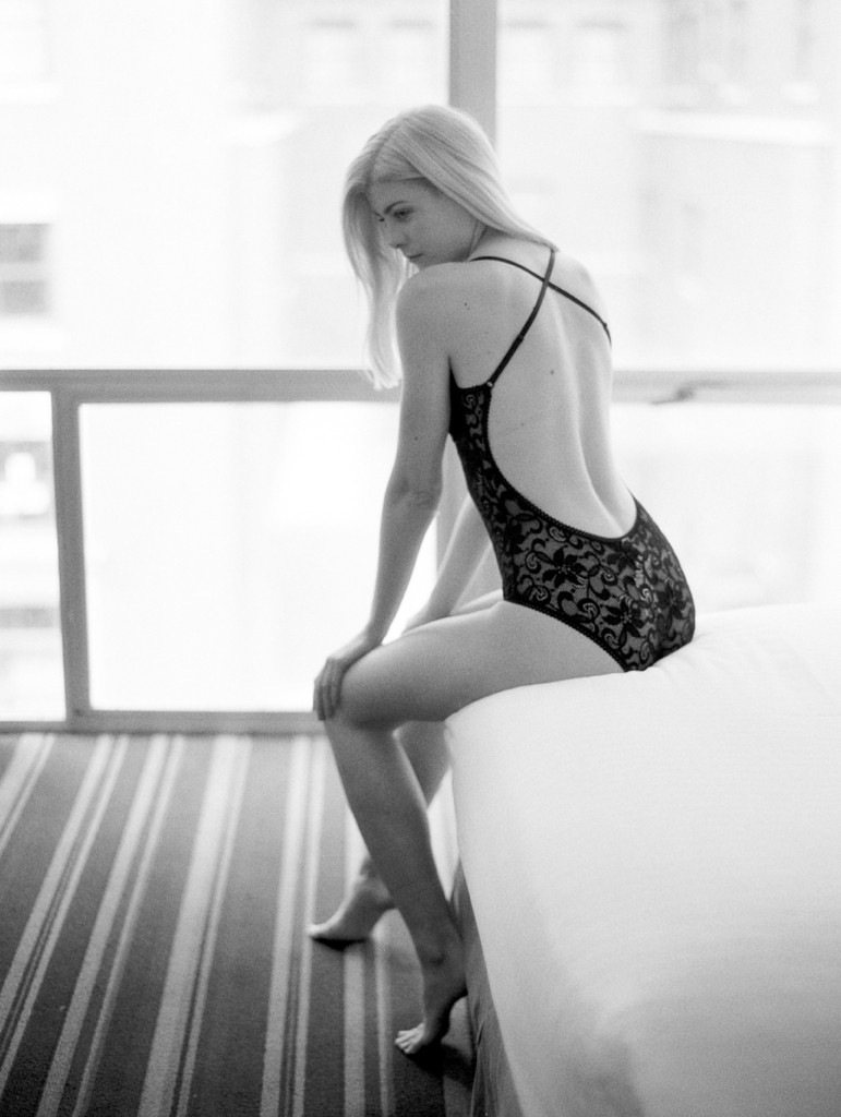Kristin-La-Voie-Photography-chicago-fine-art-boudoir-film-39