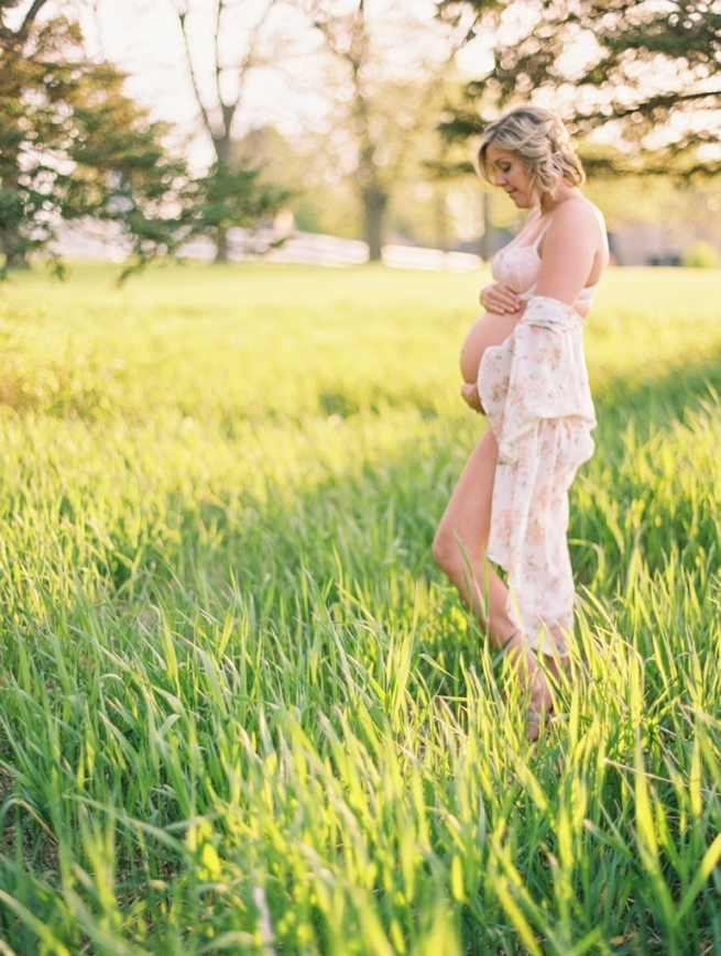 Kristin-La-Voie-Photography-Chicago-Maternity-Film-Photographer-3