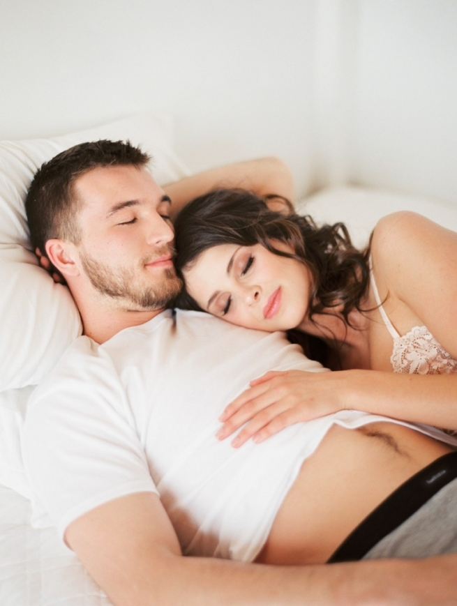 Kristin-La-Voie-Photography-fine-art-boudoir-couple-13