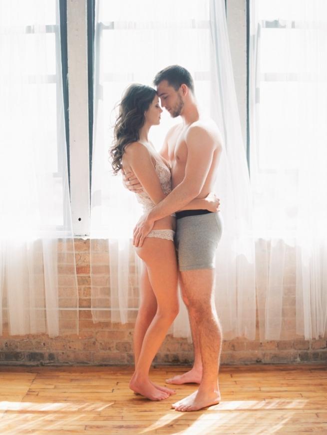 Kristin-La-Voie-Photography-fine-art-boudoir-couple-21