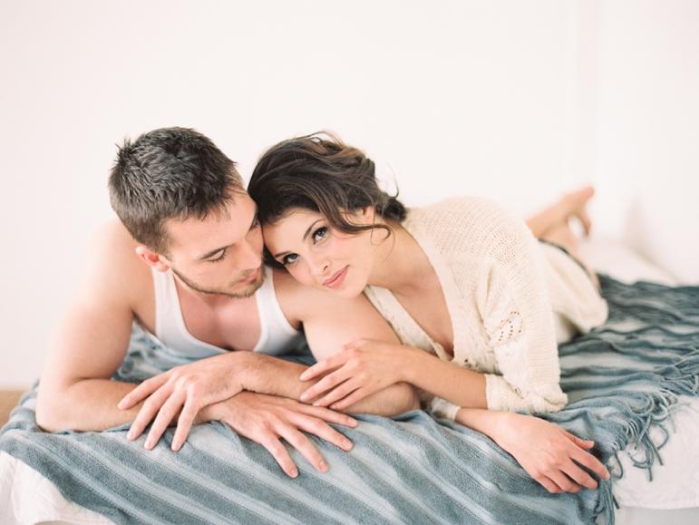 Kristin-La-Voie-Photography-fine-art-boudoir-couple-22