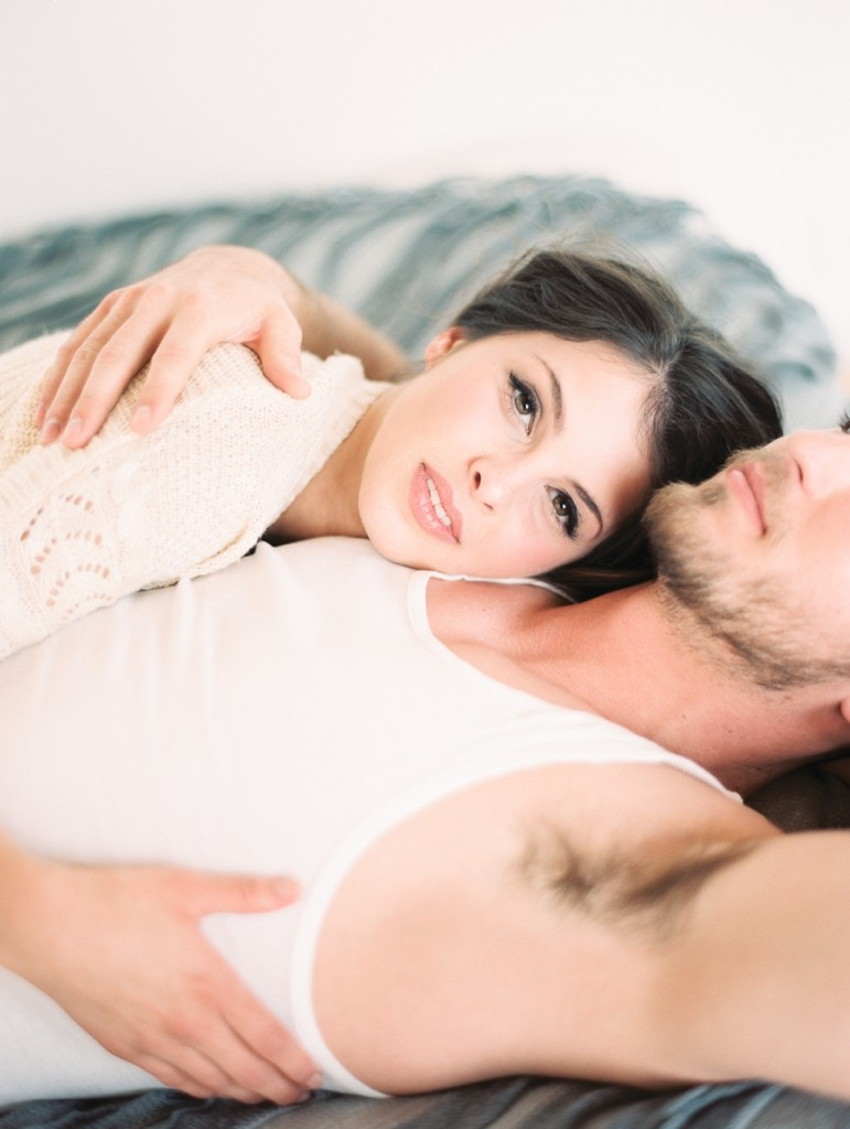 Kristin-La-Voie-Photography-fine-art-boudoir-couple-27