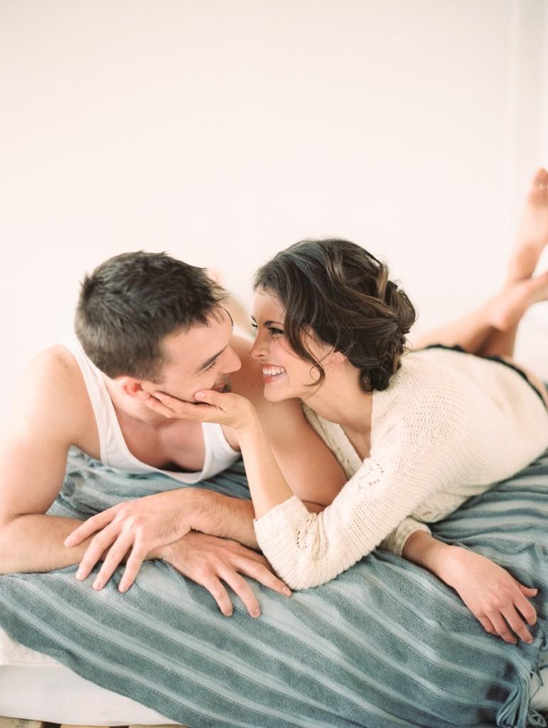 Kristin-La-Voie-Photography-fine-art-boudoir-couple-5