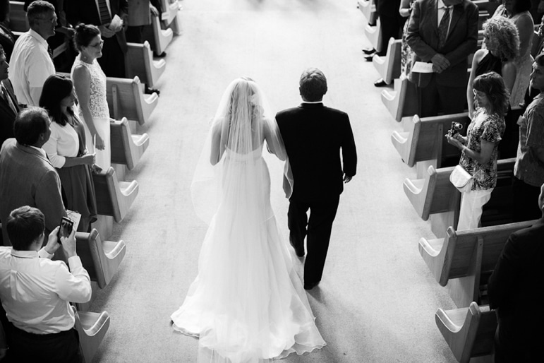 Kristin-La-Voie-Photography-Independence-Grove-Chicago-Wedding-Photographer-14