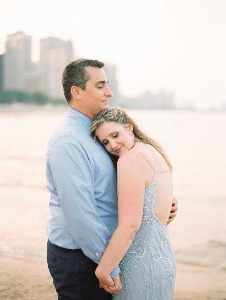 Kristin-La-Voie-Photography-Chicago-Engagement-State-street-olive-park-20