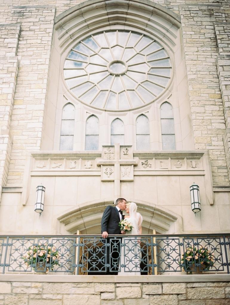 Kristin-La-Voie-Photography-Aurora-Country-Club-Chicago-Wedding-Photographer-17