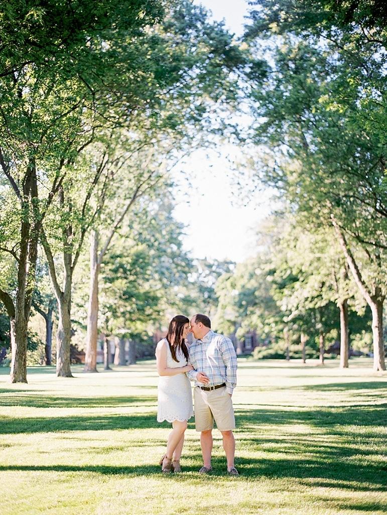Kristin-La-Voie-Photography-Cantigny-Engagement-22