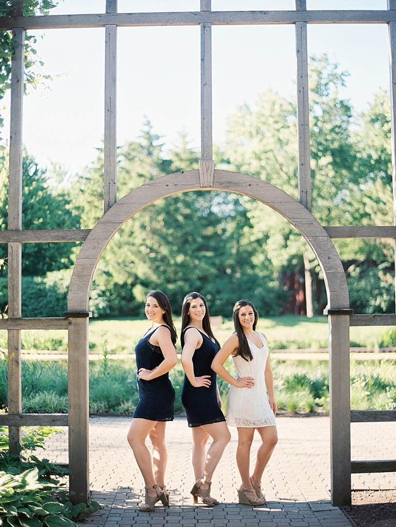 Kristin-La-Voie-Photography-Cantigny-Sisters-Session-11