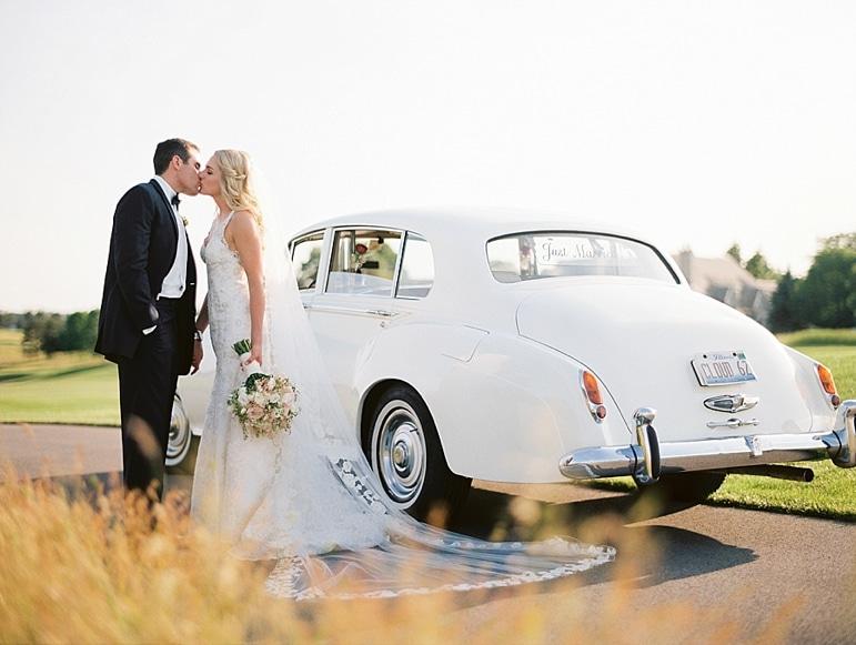 Kristin-La-Voie-Photography-Conway-Farms-Wedding-130