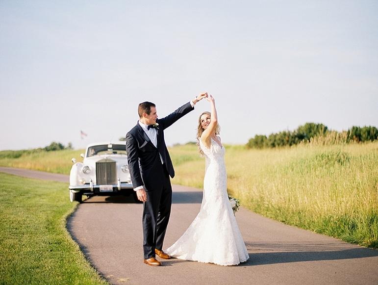 Kristin-La-Voie-Photography-Conway-Farms-Wedding-142