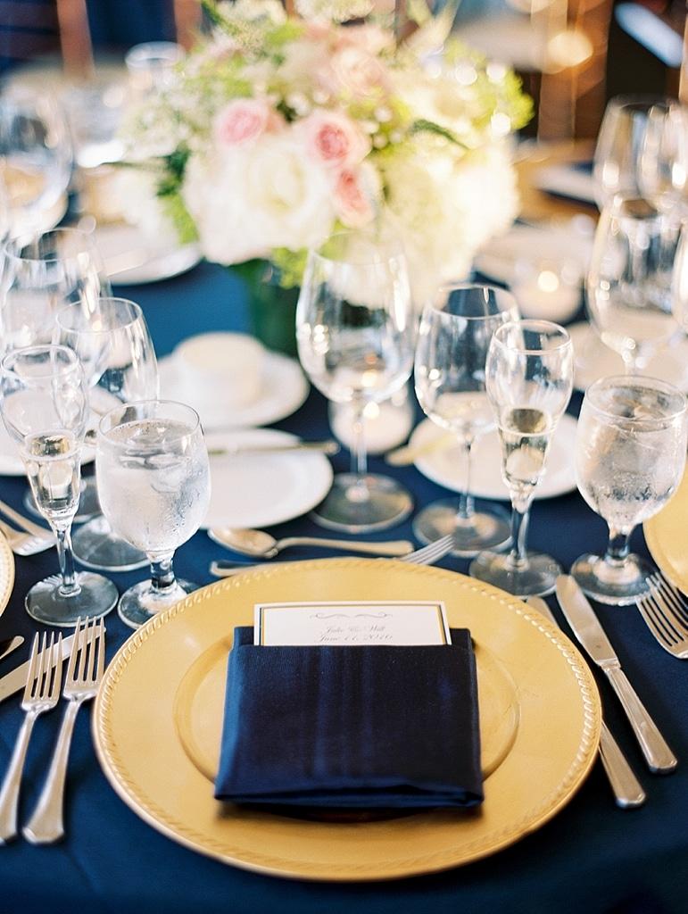 Kristin-La-Voie-Photography-Conway-Farms-Wedding-178