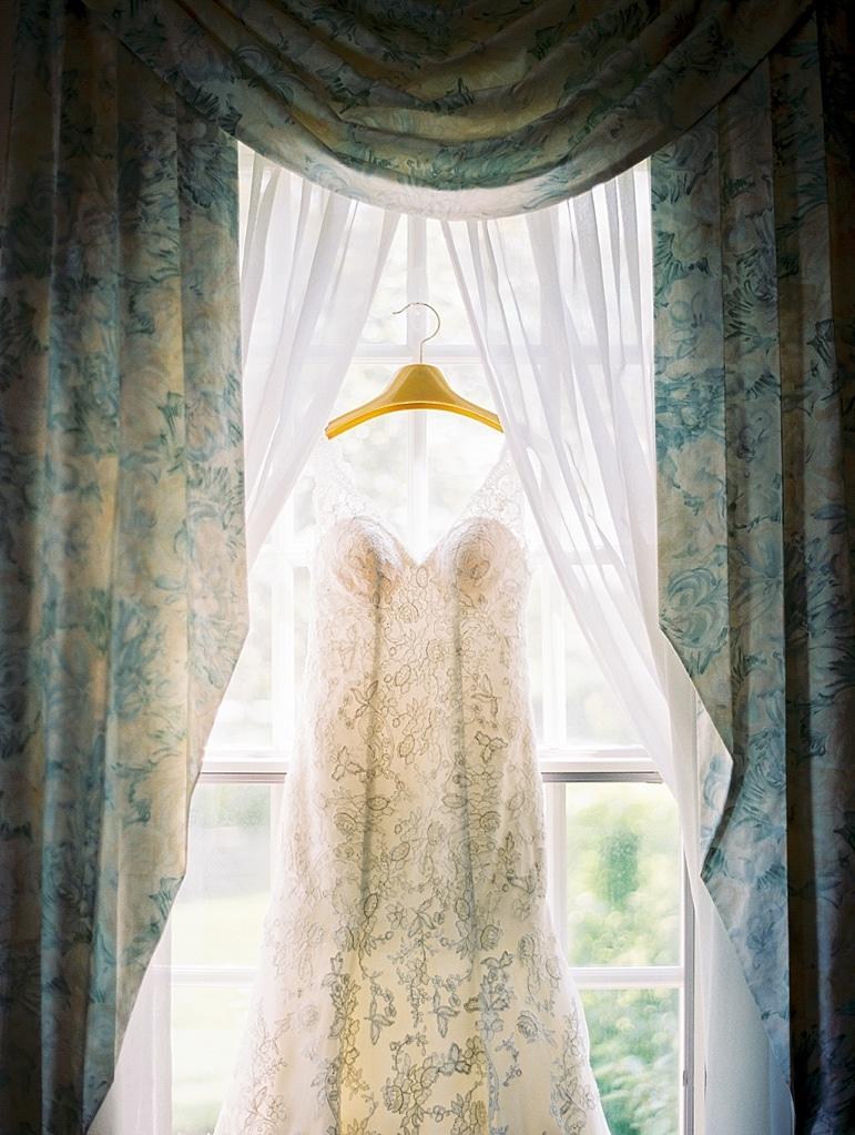 Kristin-La-Voie-Photography-Conway-Farms-Wedding-3