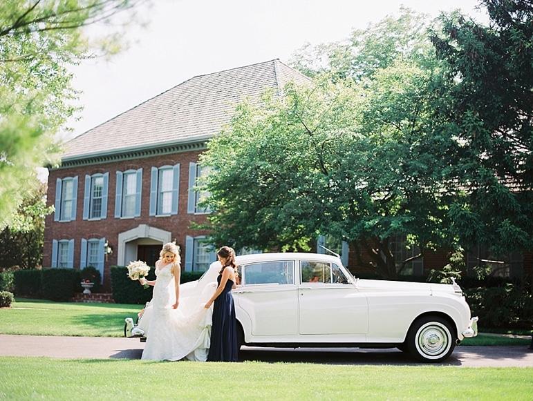 Kristin-La-Voie-Photography-Conway-Farms-Wedding-61