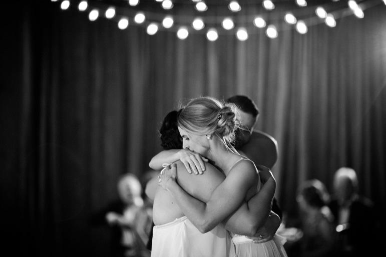 Kristin-La-Voie-Photography-Bridgeport-Art-Center-Chicago-Wedding-Photographer-134