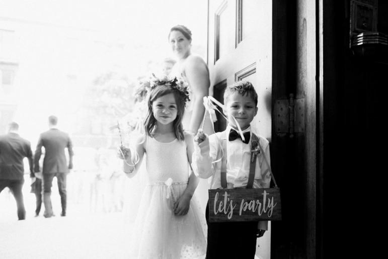 Kristin-La-Voie-Photography-Bridgeport-Art-Center-Chicago-Wedding-Photographer-25