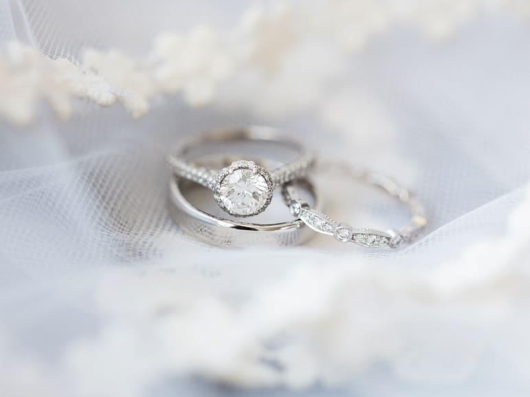 Kristin-La-Voie-Photography-Bridgeport-Art-Center-Chicago-Wedding-Photographer-3