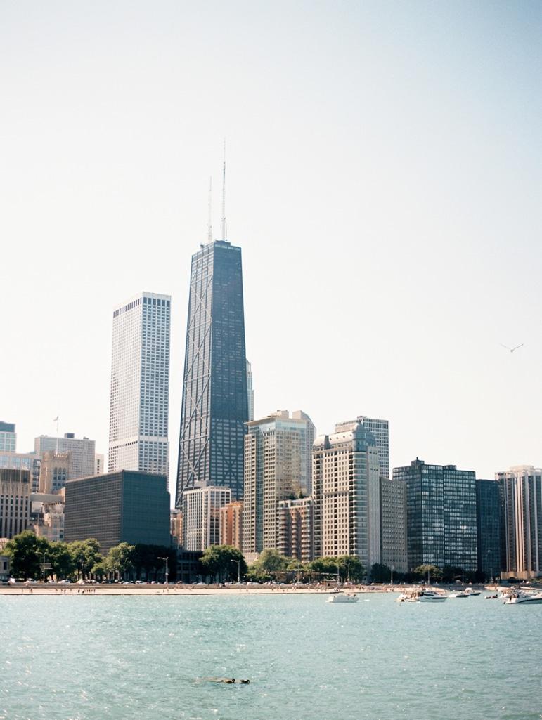 Kristin-La-Voie-Photography-Bridgeport-Art-Center-Chicago-Wedding-Photographer-50