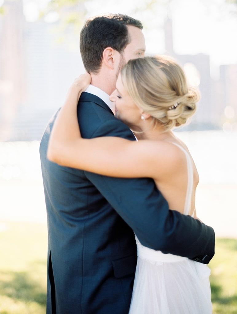 Kristin-La-Voie-Photography-Bridgeport-Art-Center-Chicago-Wedding-Photographer-69
