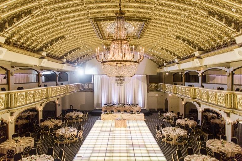 kristin-la-voie-photography-millennium-knickerbocker-chicago-wedding-102