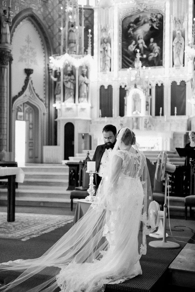 kristin-la-voie-photography-millennium-knickerbocker-chicago-wedding-126