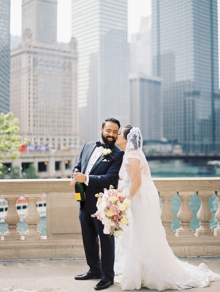 kristin-la-voie-photography-millennium-knickerbocker-chicago-wedding-13