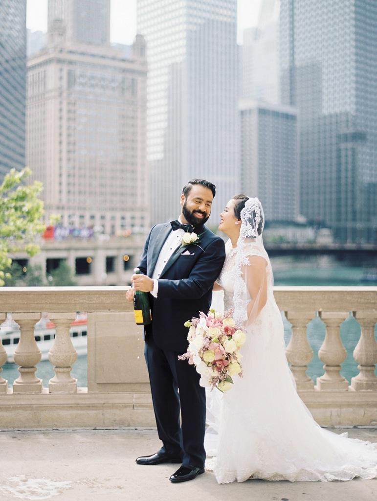 kristin-la-voie-photography-millennium-knickerbocker-chicago-wedding-14