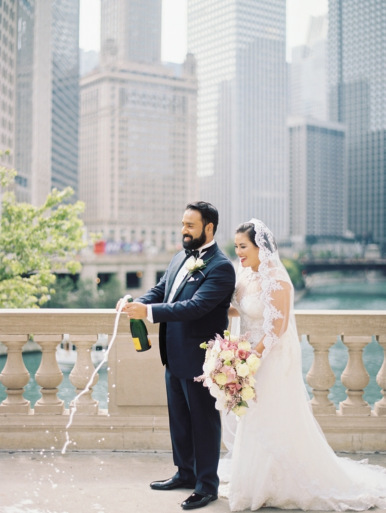 kristin-la-voie-photography-millennium-knickerbocker-chicago-wedding-15
