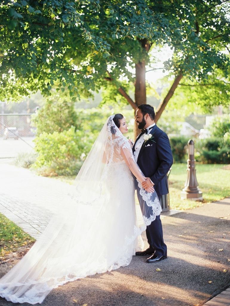kristin-la-voie-photography-millennium-knickerbocker-chicago-wedding-16
