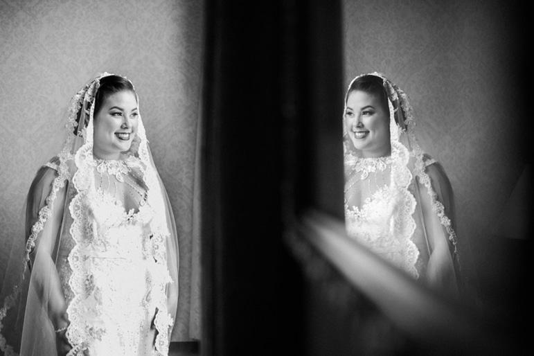 kristin-la-voie-photography-millennium-knickerbocker-chicago-wedding-18