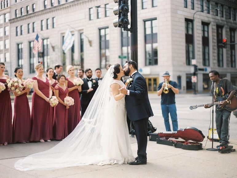 kristin-la-voie-photography-millennium-knickerbocker-chicago-wedding-7