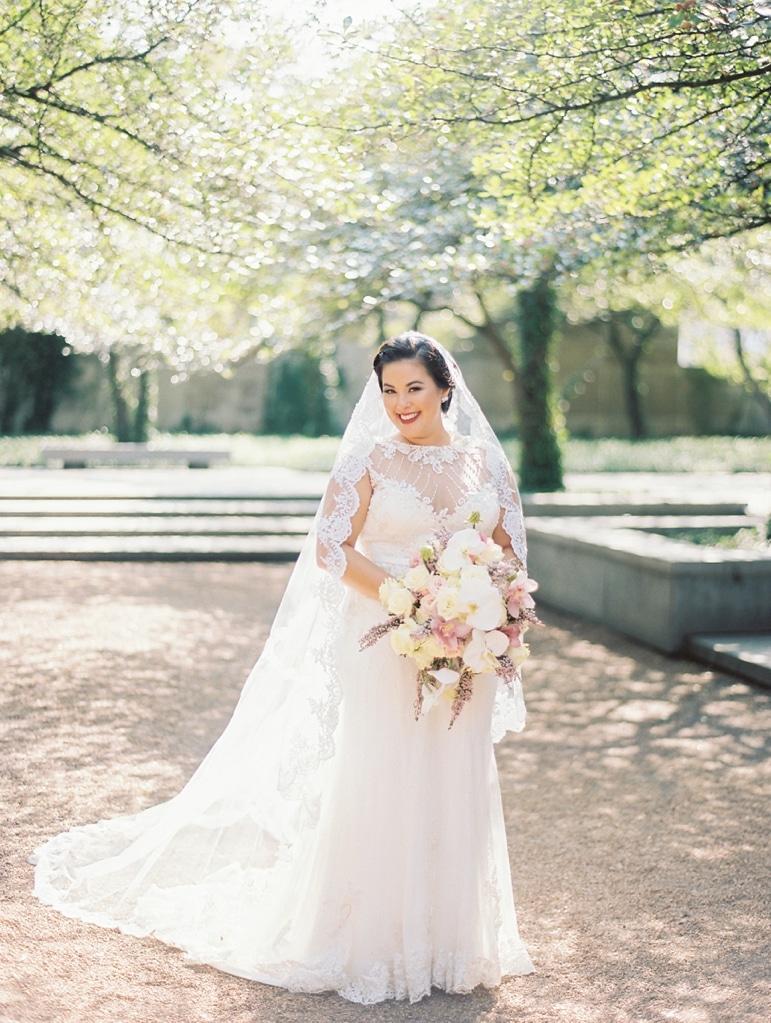 kristin-la-voie-photography-millennium-knickerbocker-chicago-wedding-8