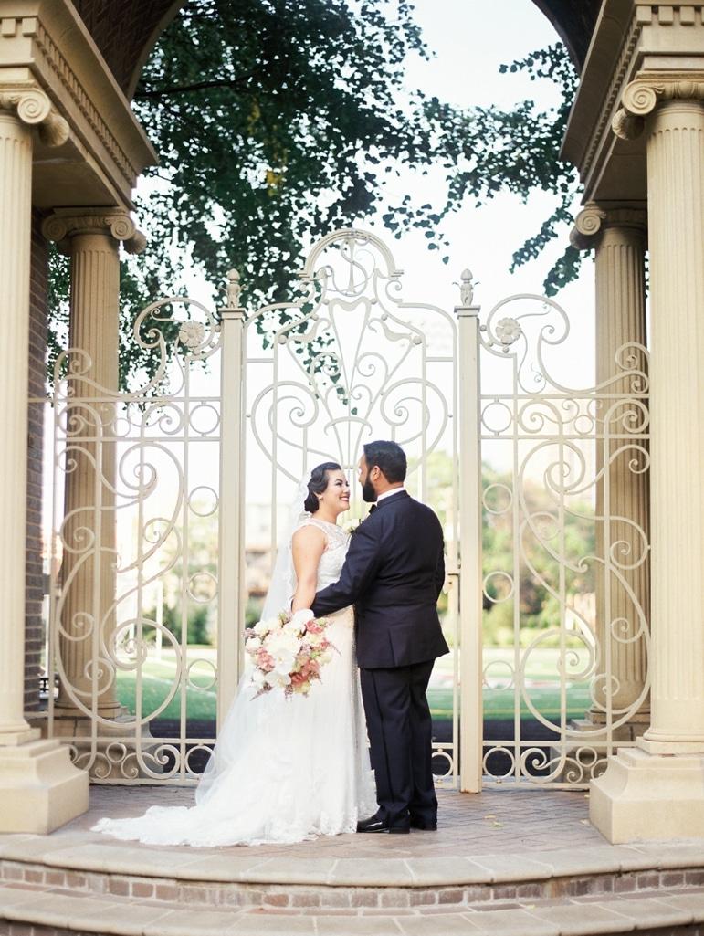 kristin-la-voie-photography-millennium-knickerbocker-chicago-wedding-89