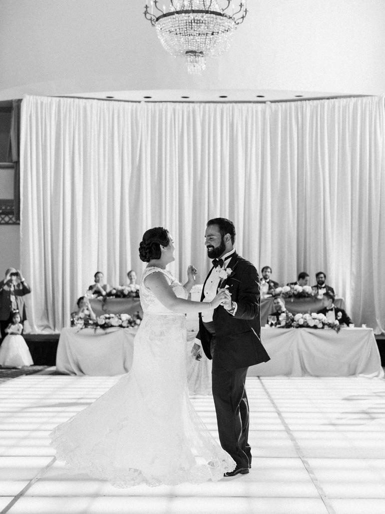 kristin-la-voie-photography-millennium-knickerbocker-chicago-wedding-94