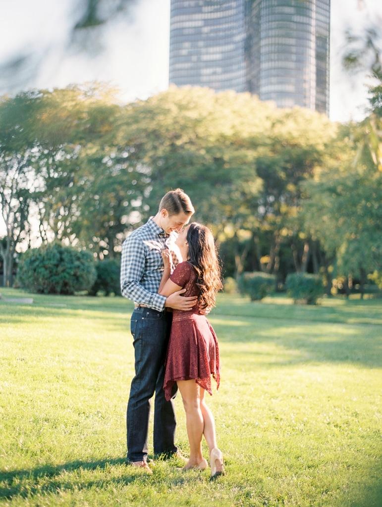 kristin-la-voie-photography-olive-park-engagement-chicago-wedding-photographer-31