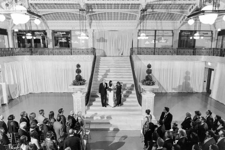 kristin-la-voie-photography-rookery-chicago-wedding-98