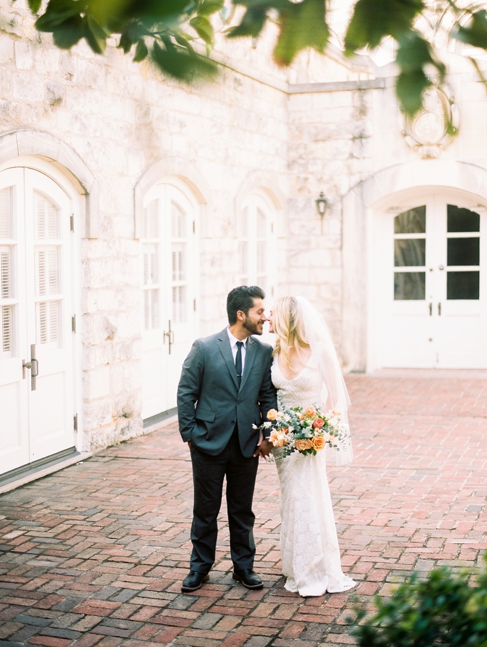 Kristin-La-Voie-Photography-Chateau-Bellevue-Austin-Wedding-Photographer-28