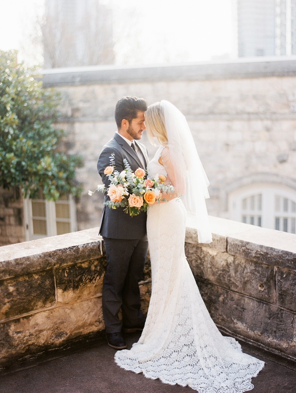 Kristin-La-Voie-Photography-Chateau-Bellevue-Austin-Wedding-Photographer-9