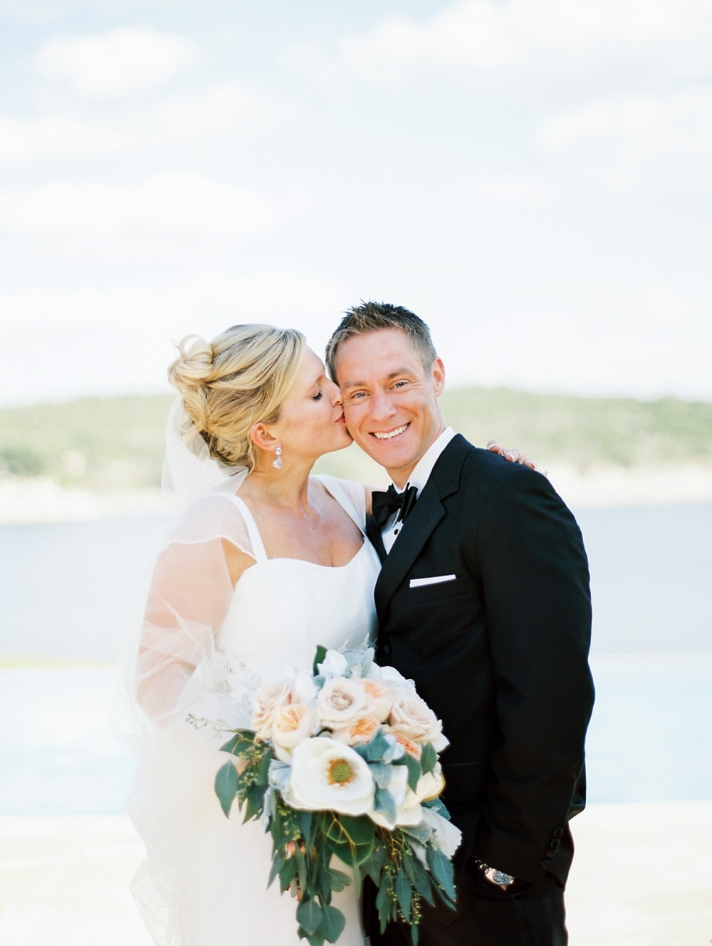 Kristin-La-Voie-Photography-Austin-Wedding-Photographer-lake-travis-246