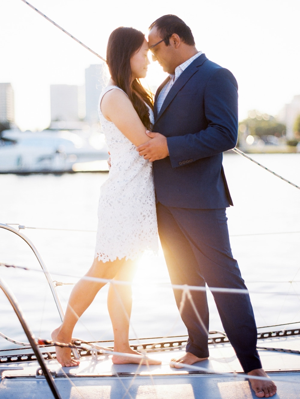 kristin-la-voie-photography-Chicago-wedding-photographer-lake-michigan-sailing-1