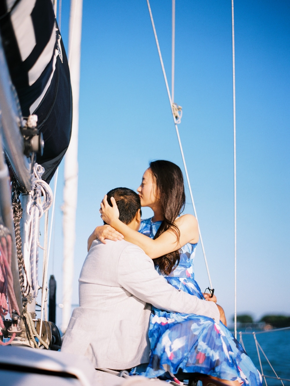 kristin-la-voie-photography-Chicago-wedding-photographer-lake-michigan-sailing-69