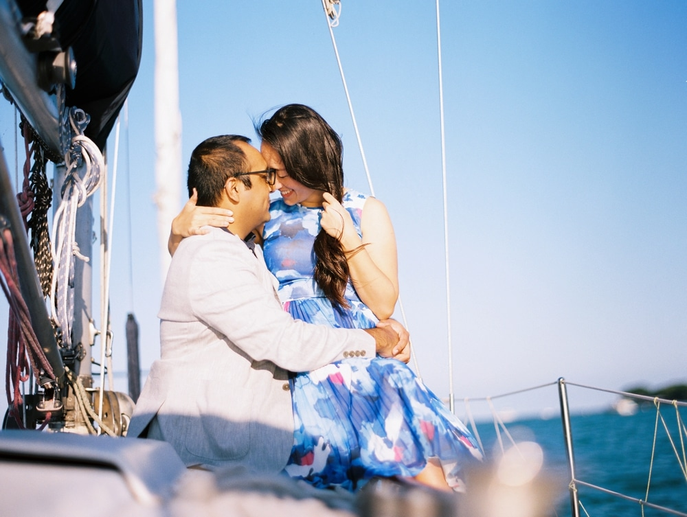 kristin-la-voie-photography-Chicago-wedding-photographer-lake-michigan-sailing-9