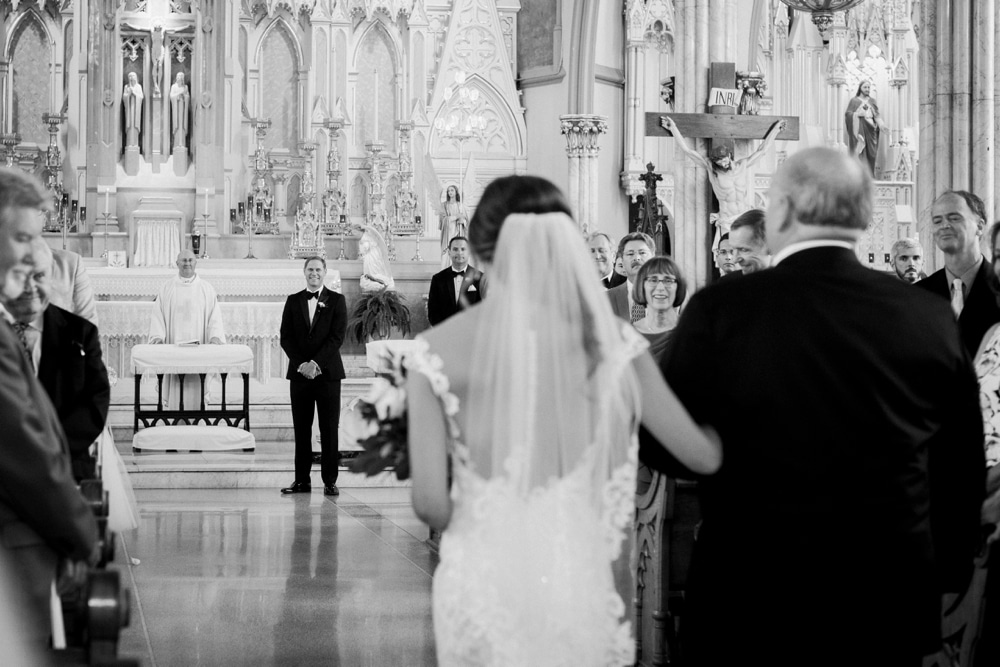 kristin-la-voie-photography-henry-ford-museum-detroit-wedding-photographer-11