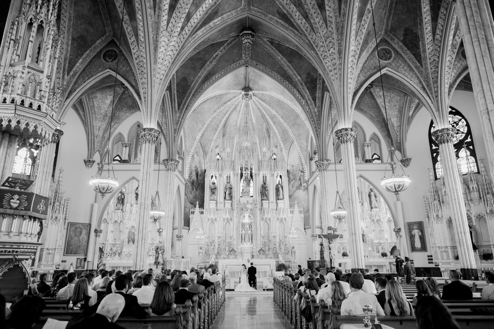 kristin-la-voie-photography-henry-ford-museum-detroit-wedding-photographer-18