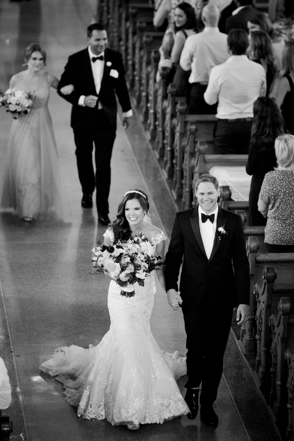 kristin-la-voie-photography-henry-ford-museum-detroit-wedding-photographer-22