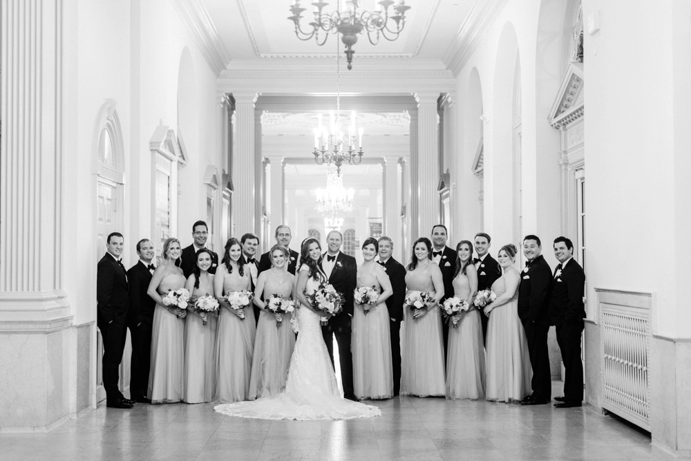 kristin-la-voie-photography-henry-ford-museum-detroit-wedding-photographer-26