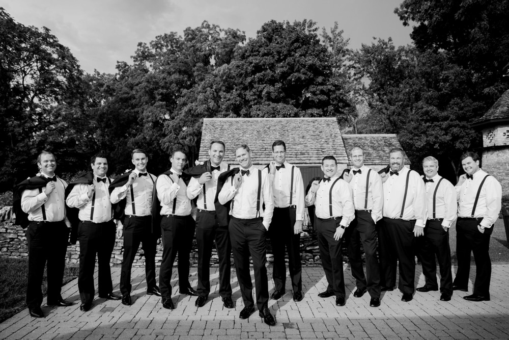 kristin-la-voie-photography-henry-ford-museum-detroit-wedding-photographer-32