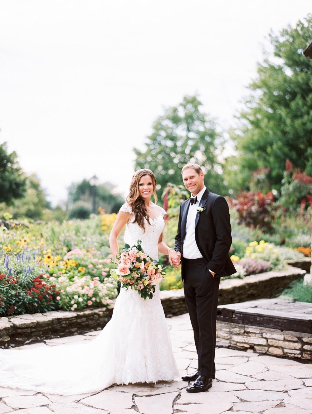 kristin-la-voie-photography-henry-ford-museum-detroit-wedding-photographer-72